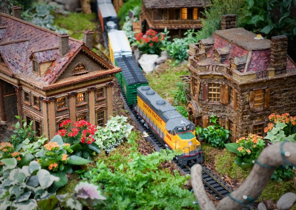 NYBG Holiday Train Show web Holiday Events Kids 2017