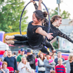 Events_ArmonkChamber_aerialists