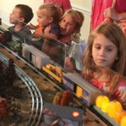 Kids_lasdon_trainshow The Best Fall Events 2017