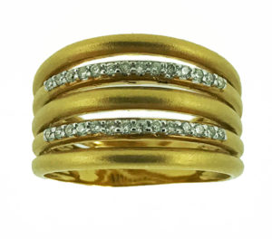 The Holidays are on at D'errico Jewelry in Mt. Kisco
